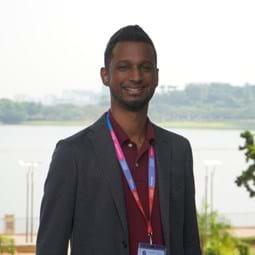 Dr Viknesh Andiappan