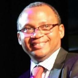 Dr Michael Akindeju