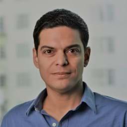 Dr Pablo Brito-Parada