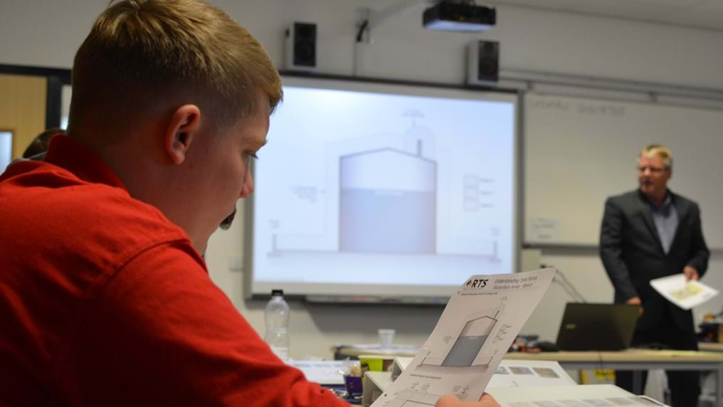 IChemE gives first level 3 apprenticeship qualification stamp of approval to Reynolds Training Services