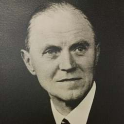 Herbert William Cremer CBE: 1947—1949