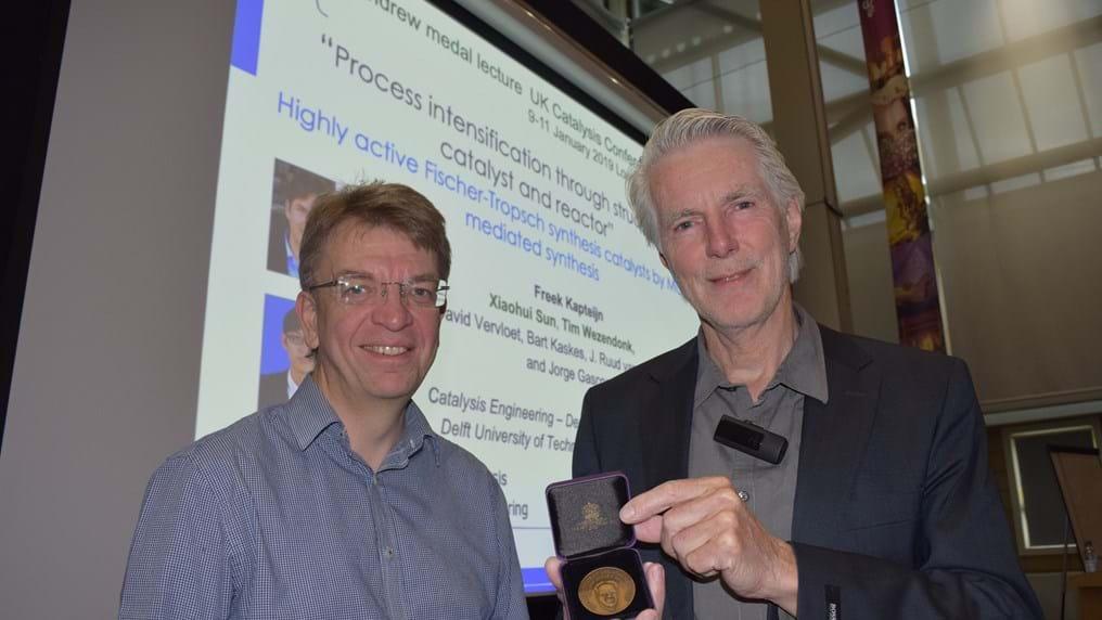 Pioneering catalysis professor awarded IChemE medal